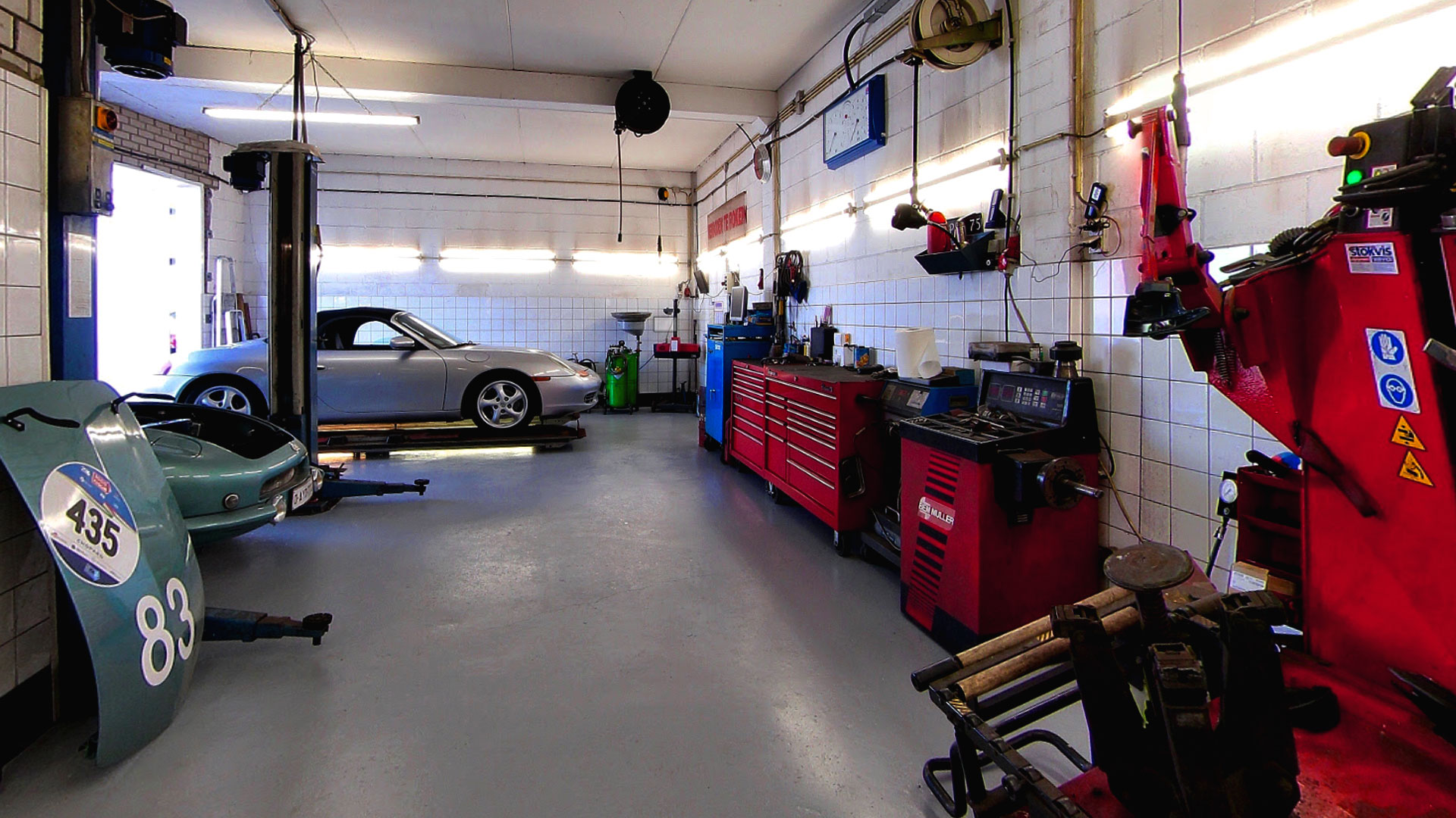 Peter Breed GarageService APK Service
